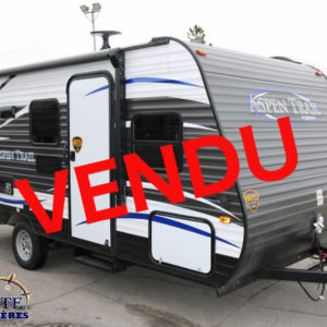 Aspen Trail 1700 BH 2018 - LM Cossette inc. vr roulotte fifth wheel caravane rv travel trailer - cherokee grey wolf pup kodiak aspen trail arctic wolf alpha wolf cub apex nano