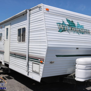 Wilderness 27 H 2002 - LM Cossette inc. vr roulotte fifth wheel caravane rv travel trailer