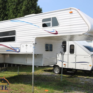 Sun-Lite 1055 SS 2005 - LM Cossette inc. vr roulotte fifth wheel caravane rv travel trailer- cherokee grey wolf apex kodiak aspen trail arctic wolf