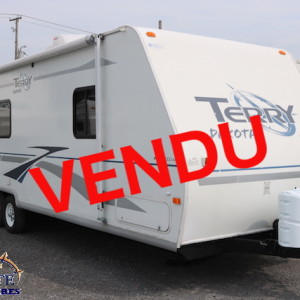 Terry Dakota 726 J 2005 -LM COSSETTE INC. VR ROULOTTE fifth wheel caravane rv travel trailer - cherokee grey wolf pup apex nano kodiak alpha wolf arctic wolf