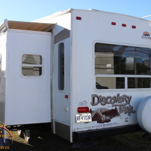 Discovery Trail 27 RL 2010 - LM Cossette inc. vr roulotte fifth wheel caravane rv travel trailer grey wolf cherokee apex wolf pup kodiak