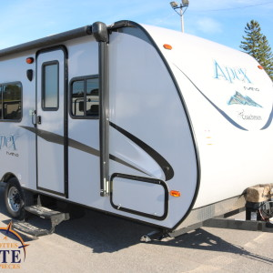 Apex Nano 187 RB 2017 - LM Cossette inc. vr roulotte fifth wheel caravane rv travel trailer - cherokee grey wolf pup arctic wolf kodiak