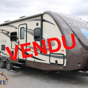 Flex 28 BH 2013 -LM Cossette inc. vr roulotte fifth wheel caravane rv travel trailer - cherokee wolf pup grey wolf pup kodiak apex nano