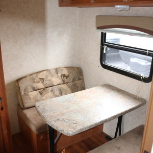 Conquest 36 FRSG 2013 - LM Cossette inc. vr roulotte fifth wheel caravane rv travel trailer - cherokee wolf pup grey wolf arctic wolf apex nano kodiak