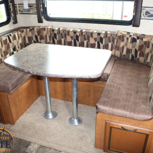 Flex 28 BH 2013 - LM Cossette inc. vr roulotte fifth wheel caravane rv travel trailer - cherokee wolf pup grey wolf arctic wolf kodiak apex nano