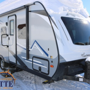Apex 215 RBK 2019 - LM Cossette inc. vr roulotte fifth wheel caravane rv travel trailer - cherokee grey wolf pup kodiak aspen trail arctic wolf alpha wolf cub apex nano