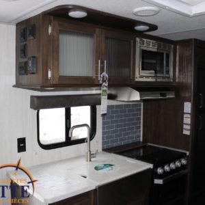 Grey Wolf 23 DBH 2019 - LM Cossette inc. vr roulotte fifth wheel caravane rv travel trailer - cherokee grey wolf pup kodiak aspen trail arctic wolf alpha wolf cub apex nano