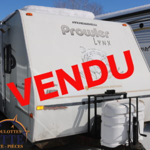 Prowler Lynx 829 T 2004 LM Cossette inc. vr roulotte fifth wheel caravane rv travel trailer - cherokee grey wolf pup kodiak aspen trail arctic wolf alpha wolf cub apex nano