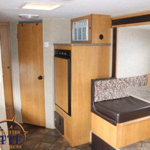 Escape Spree E196S 2013 -LM Cossette inc. vr roulotte fifth wheel caravane rv travel trailer - cherokee grey wolf pup kodiak aspen trail arctic wolf alpha wolf cub apex nano