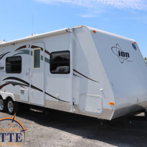 Ion 258 RB 2011 -LM Cossette inc. vr roulotte fifth wheel caravane rv travel trailer - cherokee grey wolf pup kodiak aspen trail arctic wolf alpha wolf cub apex nano-fond ancien