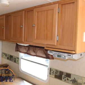 Crossover 210 QB 2008 -LM Cossette inc. vr roulotte fifth wheel caravane rv travel trailer - cherokee grey wolf pup kodiak aspen trail arctic wolf alpha wolf cub apex nano roulotte a vendre trois-rivières
