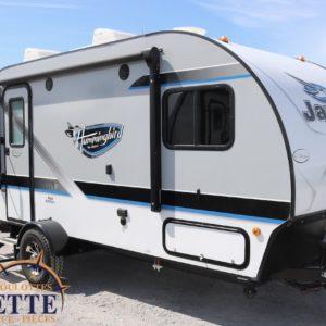 Hummingbird 17 RK 2018 --LM Cossette inc. vr roulotte fifth wheel caravane rv travel trailer - cherokee grey wolf pup kodiak aspen trail arctic wolf alpha wolf cub apex nano roulotte a vendre trois-rivières