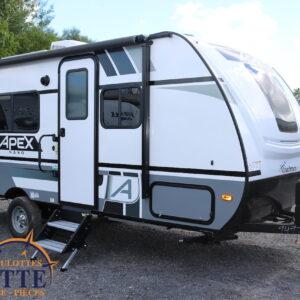 Apex Nano 187 RB 2021 -LM Cossette inc. vr roulotte fifth wheel caravane rv travel trailer - cherokee grey wolf pup kodiak aspen trail arctic wolf alpha wolf cub apex nano roulotte a vendre trois-rivières